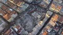 İstanbul'da Bina Çöktü Açıklaması 2 Ölü, 5 Yaralı