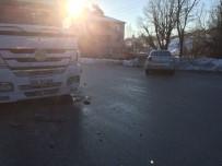 GİZLİ BUZLANMA - Kaynarca'da Trafik Kazası Açıklaması 1 Yaralı