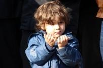 İSMAIL ÇORUMLUOĞLU - Manisalılar Halep'e El Uzattı