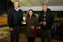SEL FELAKETİ - Mezitli'de 3 Ocak Tenis Turnuvası'nın Kazananları Kupalarını Aldı