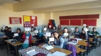 BEDEN EĞİTİMİ ÖĞRETMENİ - Öğrencilerinden Askerlere Mektup
