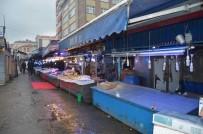 Trabzon'da Balık Sezonunun En Kısır Ve En Pahalı Dönemi Yaşanıyor