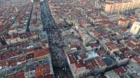Zeytinburnu'nda Çöken Binanın Enkazı Havadan Görüntülendi
