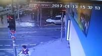 Zeytinburnu'ndaki Binanın Çökme Anı Güvenlik Kamerasına Yansıdı
