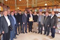 Başkan Ali Çetinbaş'tan, Gediz Kütüphanesi'ne 'Kütahya Tarih Atlası'