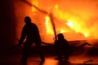 Batman'da Fabrika Yangını Korkuya Neden Oldu