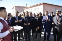 HÜKÜMLÜLER - Cezaevi Camisi İbadete Açıldı