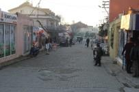 Fethiye'de Yolun Karşısına Geçmek İsteyen Kadına Kamyon Çarptı