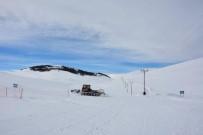 MEHMET ÖZCAN - Kayak Merkezinin Yolu Açıldı