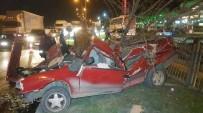 ATATÜRK BULVARI - Parçalanan Otomobilden Sağ Çıktılar Açıklaması 3 Yaralı