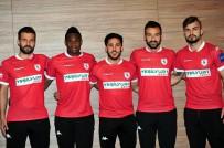 Samsunspor 5 Futbolcuyla Sözleşme İmzaladı