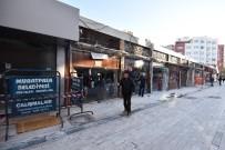 Sinan Mahallesi'nde Riskli Sundurmalar Kaldırıldı