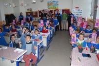 Ağrı'da Oyuncak Silah Teslim Eden Çocuklara Araba Ve Bebek