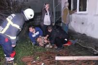 İTFAİYE MÜDÜRÜ - Alevlerin Arasına Dalıp Komşusunu Kurtardı