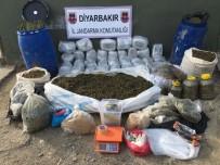 Diyarbakır'da 308 Kilogram Esrar Ele Geçirildi