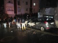EMIRGAN - Park Halindeki İki Otomobil Alev Alev Yandı