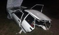 Sakarya'da İki Otomobil Kafa Kafaya Çarpıştı Açıklaması 3 Yaralı
