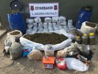 UYUŞTURUCU - Tam 308 Kilo Açıklaması Diyarbakır'da Ele Geçirildi