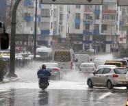 SU BASKINI - Antalya Sağanak Yağışa Teslim