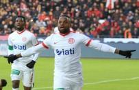 Antalyaspor'da M'billa Gol Orucunu Bozdu