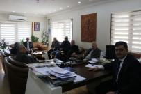 MUZAFFER YALÇIN - Başkan Yalçın Muhtarlarla Toplandı