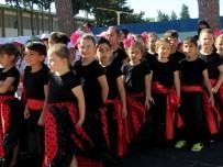ÖĞRENCİ SAYISI - Çeşme'de 5 Bin 908 Öğrenci, 554 Öğretmenden Eğitim Alıyor