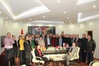 ŞAHIT - Doğum Gününü Belediye Çalışanları İle Kutladı