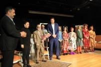 TİYATRO OYUNCUSU - 'Düdüklüde Kıymalı Bamya' Adlı Tiyatro Oyunu Kartal'da Sahnelendi