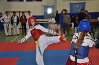 Finike'de Tekvando Turnuvası Düzenlendi