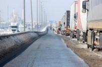 EDİRNE - Kapıkule'de Tır Kuyruğu 13 Kilometreye Düştü