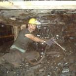 DEVLET HASTANESİ - Maden ocağında göçük: 1 ölü