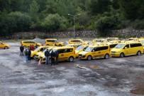 Marmaris'te Taksiciler İsyanda Açıklaması Plakalar Satılık