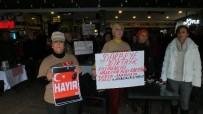Marmaris'te 'Türkiye İçin 1 Dakika Ayağa Kalk' Eylemi