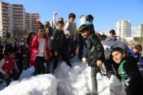 İLKÖĞRETİM OKULU - Mezitli Belediyesi 'Kar'ı Çocukların Ayağına Getirdi
