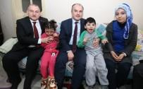 TEKERLEKLİ SANDALYE - Pamukkale Belediyesi Aleyna Ve Ahmet'i Sevindirdi