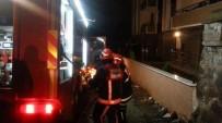 KAÇAK - Tüp Sızıntısından Çıkan Yangın İtfaiye Ekipleri Tarafından Söndürüldü