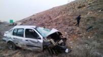 GAZIANTEP ÜNIVERSITESI - Uçuruma Yuvarlanan Aracın Sürücüsü Ağır Yaralandı