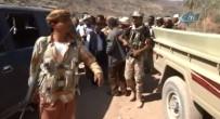 YEMEN - Yemen Ordusu, Muha Limanına İlerliyor