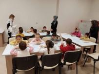 Yeniceköy İlkokulu'nun Minikleri Atatürk Kültür Merkezi'nde