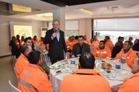 HELAL - Başkan Keleş, İşçilerle Yemek Yedi