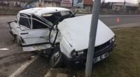 VAHDETTIN - Bolu'da Trafik Kazası; 2 Yaralı