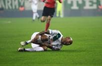 AKHİSAR BELEDİYESPOR - Bursasporlu oyuncunun ayağına 12 dikiş atıldı