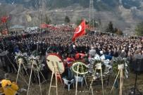 ORHAN FEVZI GÜMRÜKÇÜOĞLU - Diyarbakır'da Şehit Olan Polis Memuru, Trabzon'da Dualarla Uğurlandı