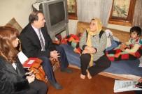 GIDA YARDIMI - Fatma Şahin, Engelli Baba Ve Çocuklarına Sahip Çıktı