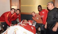 MEDICAL PARK - Galatasaraylı Futbolculardan Örnek Davranış