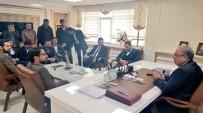 GENÇLİK KOLLARI - Genç Ak Partililer'den Belediye Başkanı Hüsrev Kutlu'ya Ziyaret