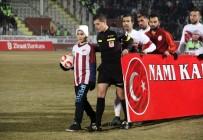 ŞEHİT POLİS - Kahraman Şehidin Oğlu Elazığspor-Galatasaray Maçında