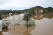 SEL BASKINI - Marmaris Ve Çevresinde Şiddetli Yağış Hayatı Olumsuz Etkiliyor