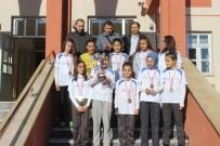 GÖKÇELER - Moymul Ortaokulu Futsal Yıldız Kızlar Takımı Kütahya Şampiyonu Oldu
