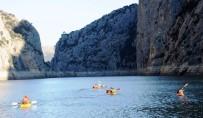 YAMAÇ PARAŞÜTÜ - Şahinlerin Gizemli Kanyonunda Kanoyla İlk Geçiş